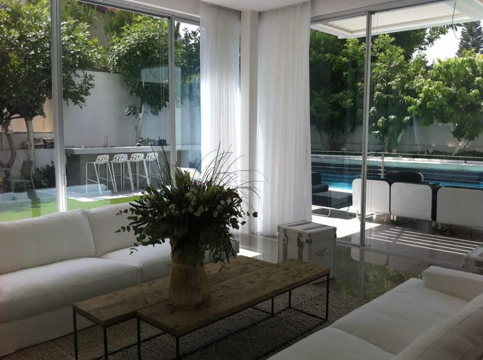 ניקוי חלונות בבית | מבריק החלונות